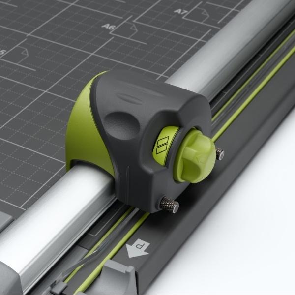 REXEL SmartCut A425 4-in-1 Trimmer